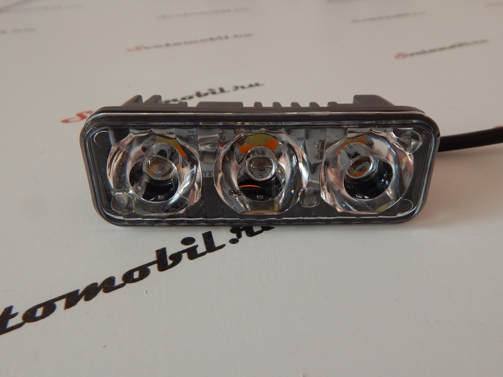 Дневные ходовые огни DRL-11 с функцией поворотников